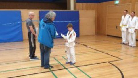 Judokas absolvieren erfolgreich die Judoprüfung