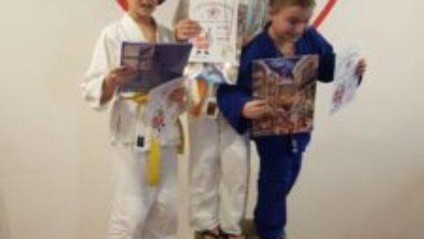 Judo-Weihnachtsturnier: Rafael (9) und Felix (10) erneut auf dem Treppchen